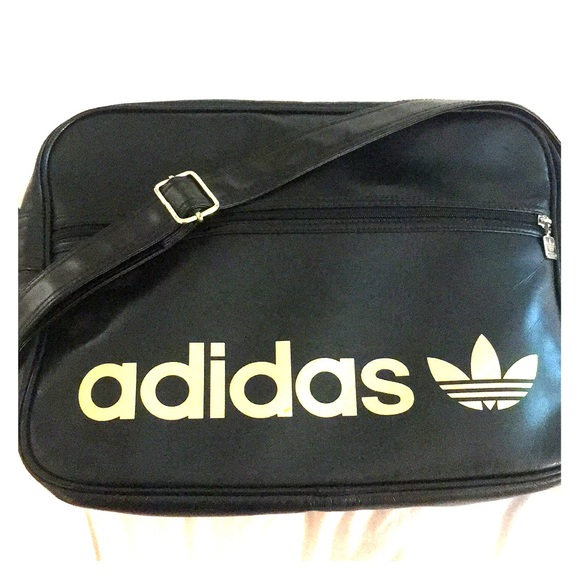402b6b4122f adidas Bags   Cross Body Messenger Bag   Poshmark